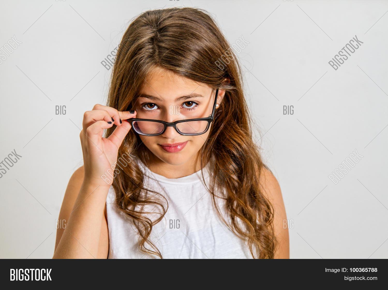 Sofia joymii brunette