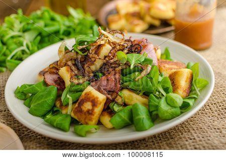 Potato Gnocchi With Salad And Onions
