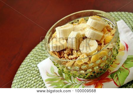 Breakfast cereal with bananas