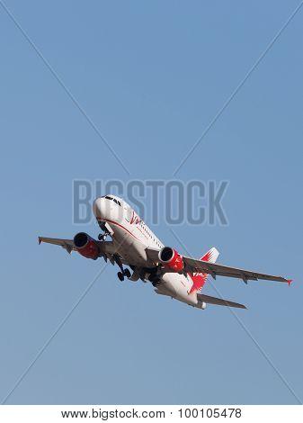Airbus A319-111 Passenger