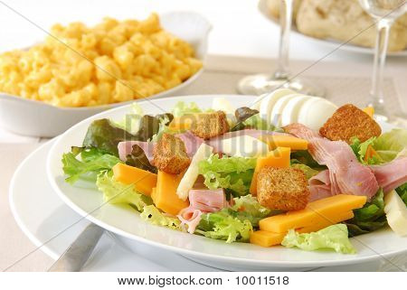 Chef's Salad With Macaroni And Cheese