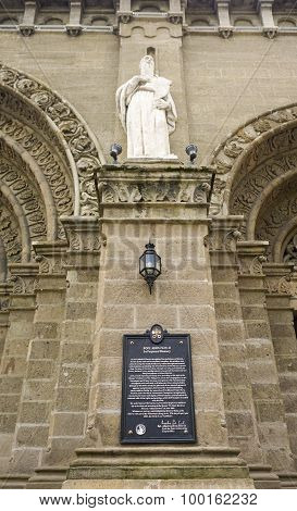 Detail Architecture Of Manila Cathedral
