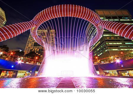 Fountain show at Fountain of Wealth