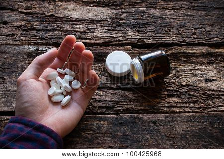 Man Wants To Commit Suicide By Eating Pills