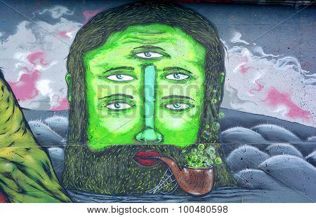 Street art cyclop
