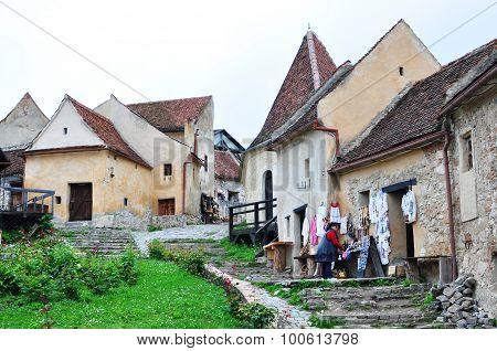Rasnov Fortress Editorial
