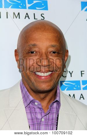 LOS ANGELES - AUG 29:  Russell Simmons at the Mercy For Animals Hidden Heroes Gala at the Unici Casa on August 29, 2015 in Culver City, CA