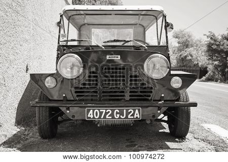 Austin Mini Moke 1967, Front View