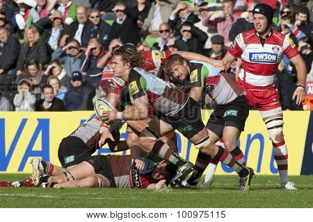 TWICKENHAM, ENGLAND. 17 SEPTEMBER 2011. Harlequins Mike Brown,  in action during the Aviva premiership rugby union match between Harlequins and Gloucester played at The Stoop Twickenham.