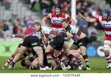 TWICKENHAM, ENGLAND. 17 SEPTEMBER 2011. Harlequins Charlie Walker.  in action during the Aviva premiership rugby union match between Harlequins and Gloucester played at The Stoop Twickenham.
