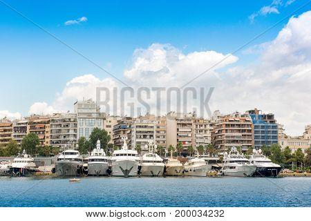Luxury fast motor yachts in Piraeus portmarina ZeasPasalimani.
