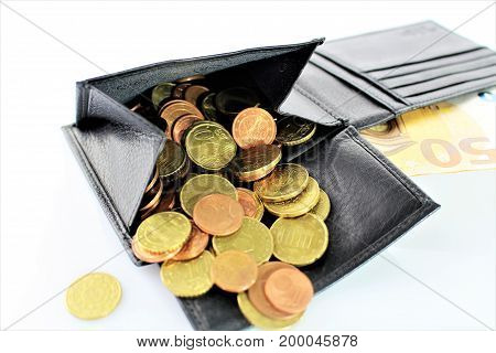 An image of a purse with money