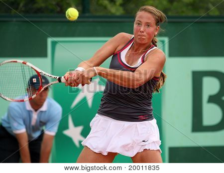 Oksana Kalashnikova (geo) At Roland Garros 2011