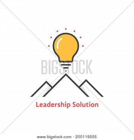 simple leadership solution logo. concept of lamp, brainstorm, tourism, mission, strategy, ray, victory, briefing. flat style trend modern leadership logo design vector illustration on white background