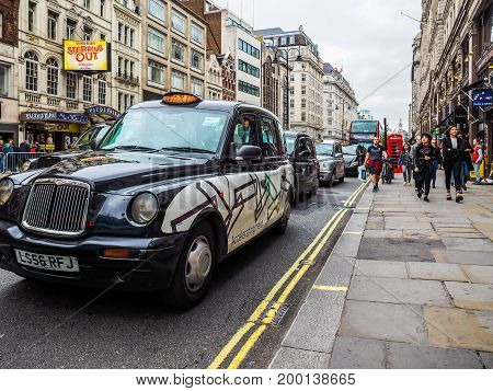 Taxi Cab In London (hdr)