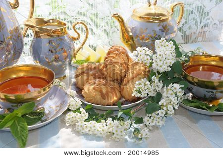 Morning Tea With Biscuits