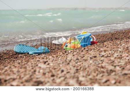 colorful plastic play toys for the beach