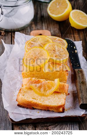 Lemon Loaf Cake With Candied Lemon Slices.