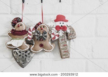 Dolls on the wall of Christmas , Christmas style