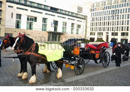 Bavaria Horses Drawn Carriage Germany Style Waiting German People And Foreigner Travelers  Use Servi
