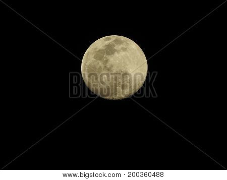 Full Moon with a black clear sky on march/2016