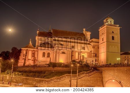 Warsaw, Poland: famous St. Annes Church at night