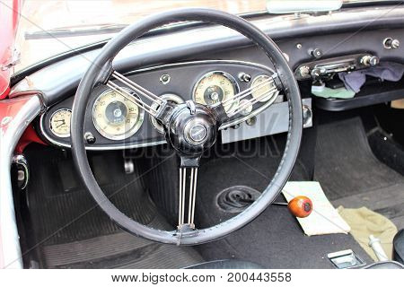 An Image of a classic car Dashboard - Hameln/Germany - 08/20/2017