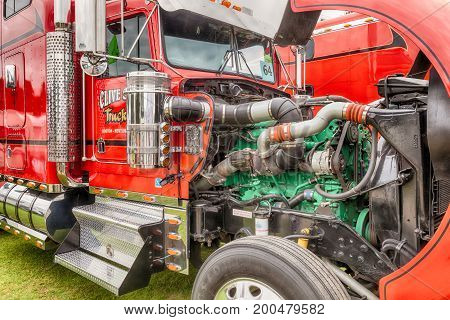 Clive Shaw Truck Engine Uncovered At Truckfest