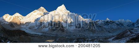 Evening panoramic view of Mount Everest from Kala Patthar - Way to Mount Everest base camp Sagarmatha national park Khumbu valley Nepal