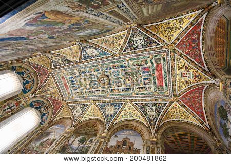 Ceiling Of The Piccolomini Library In Siena Cathedral