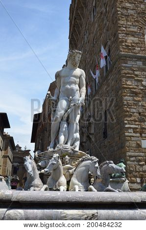 The beautiful Fountain of Neptune in Florence