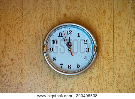 Vintage clock on the wall texture background hd
