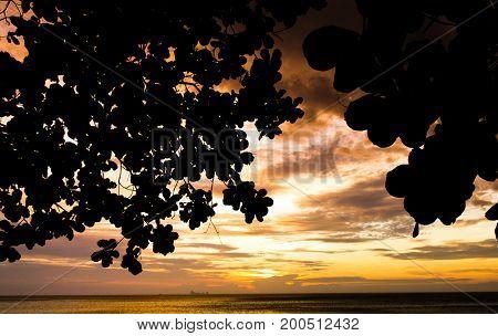 Sunset Getaway Golden View