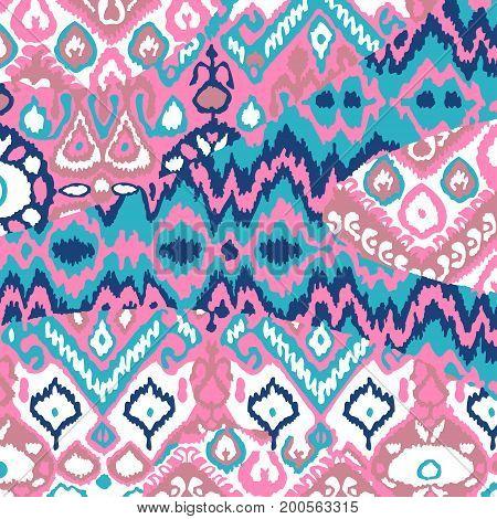 Ethnic Bohemian Arabesque Pattern. Zigzag Geometric Retro Abstract Print. Tribal Boho Background Vec