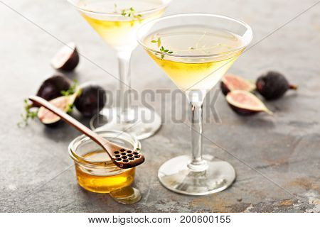 Fig, thyme and honey martini, fall cocktail recipe
