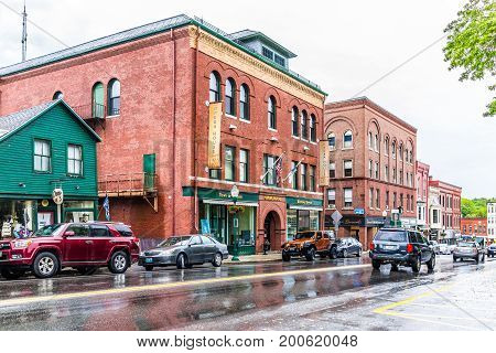 Camden, Usa - June 9, 2017: Downtown Small Village In Maine During Rain With Stores On Main Street A