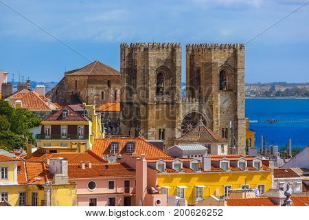 Cathedral Se - Lisbon Portugal - architecture background