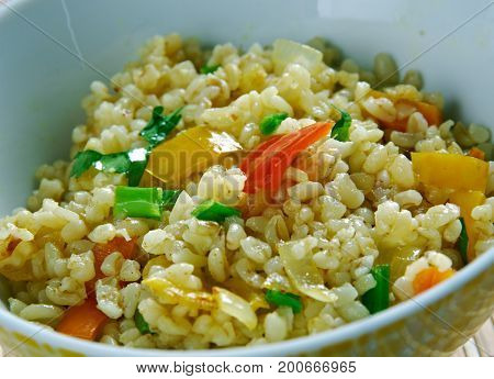 Armenian Bulgur Pilaf Salad - Itch. close up cooking  meal