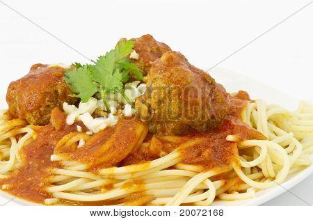 Meatballs In Marinara Sauce Over Sphaghetti
