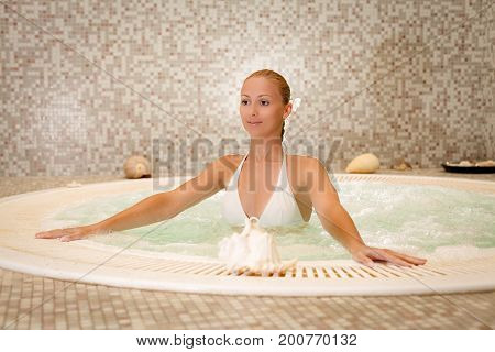 Enjoy In The Spa