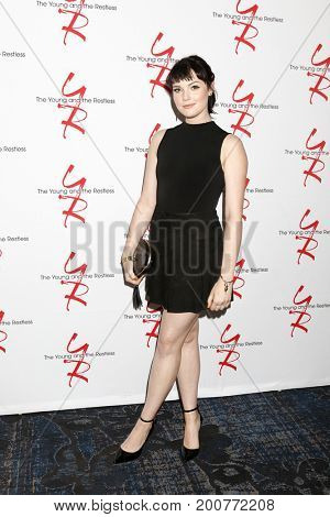 LOS ANGELES - AUG 19:  Cait Fairbanks at the Young and Restless Fan Event 2017 at the Marriott Burbank Convention Center on August 19, 2017 in Burbank, CA