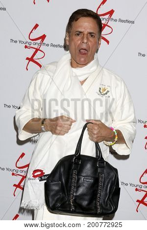 LOS ANGELES - AUG 19:  Christian LeBlanc at the Young and Restless Fan Event 2017 at the Marriott Burbank Convention Center on August 19, 2017 in Burbank, CA