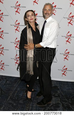 LOS ANGELES - AUG 19:  Judith Chapman, Max Shippee at the Young and Restless Fan Event 2017 at the Marriott Burbank Convention Center on August 19, 2017 in Burbank, CA