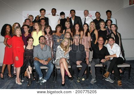 LOS ANGELES - AUG 19:  YnR Cast, Mal Young at the Young and Restless Fan Event 2017 at the Marriott Burbank Convention Center on August 19, 2017 in Burbank, CA