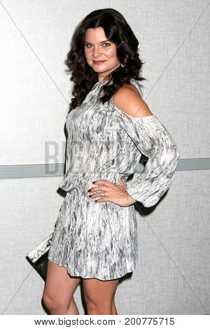 LOS ANGELES - AUG 20:  Heather Tom at the Bold and the Beautiful Fan Event 2017 at the Marriott Burbank Convention Center on August 20, 2017 in Burbank, CA