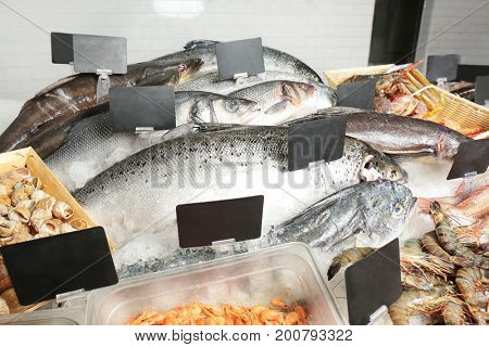 Fresh fish and other seafood in supermarket