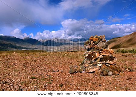 Zen stones / Zen stone in the mountains of the Altai Territory for meditation