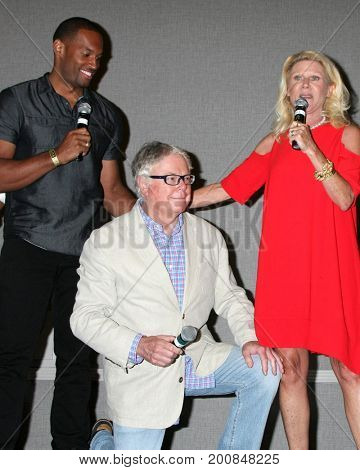 LOS ANGELES - AUG 20:  Lawrence Saint-Victor, Dick Christie, Alley Mills at the Bold and the Beautiful Fan Event 2017 at the Marriott Burbank Convention Center on August 20, 2017 in Burbank, CA