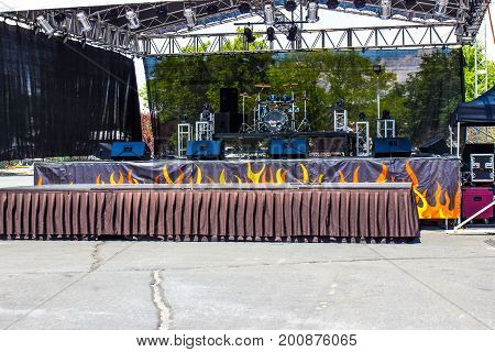 Musical Stage With Risers, Instruments & Skirting