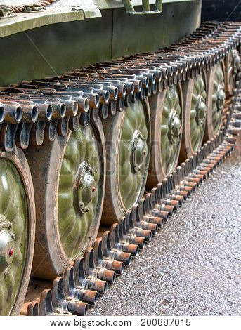 Wheels to support the caterpillar armored tanks
